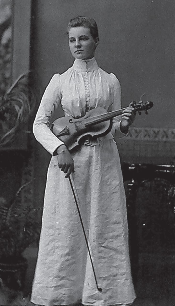 Mabel FitzGerald as a young woman