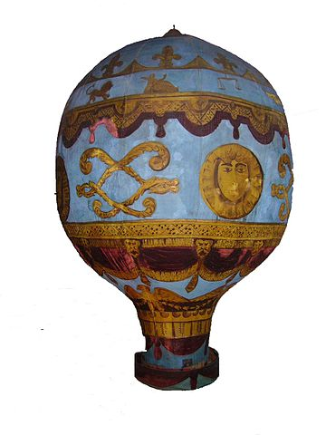 A model of the Montgolfier brothers' balloon at the London Science Museum (WikiCommons).