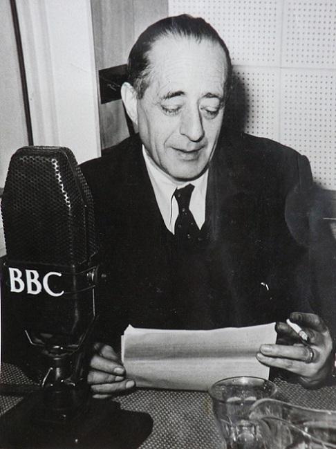 Arturo Barea broadcasting for the BBC Latin American Service
