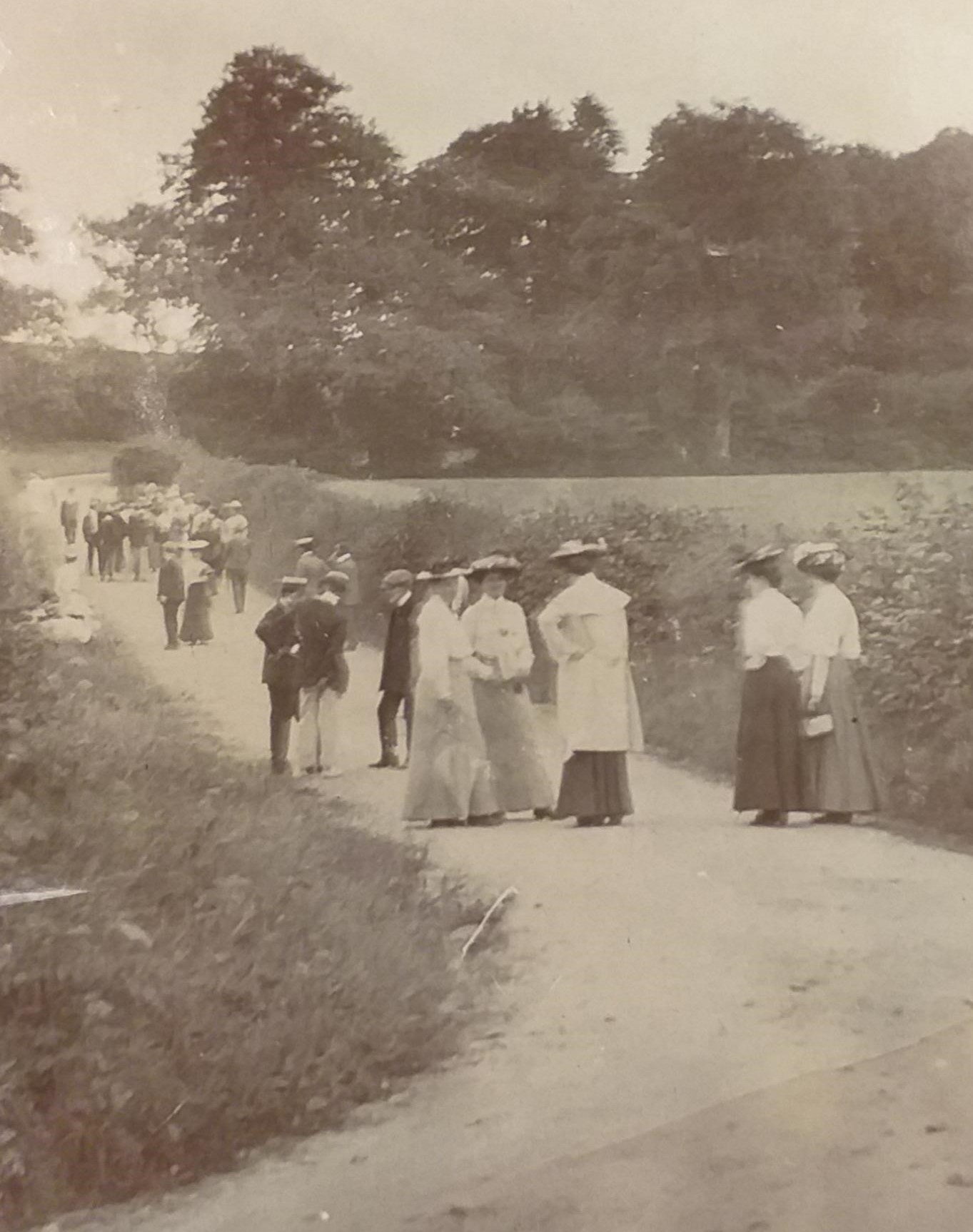 Photograph of 1910 field trip