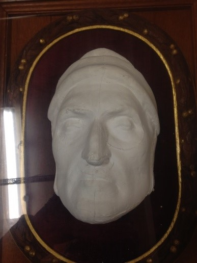 Mask of Dante. Plaster, 19th century (Ashmolean Museum: WA.OA1767 © Ashmolean Museum, University of Oxford)