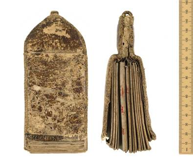 Bodleian, MS. Ashmole 6. A 15th century vade mecum ('go with me'), or girdle book. These portable books were often worn by medieval monks and aristocrats.