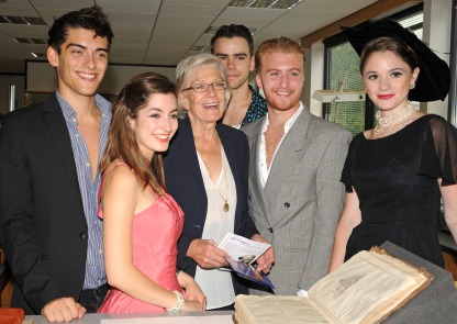 Maximilian Gill, Jessica Norman, Vanessa Redgrave, Jeremy Neumark Jones, Jordan Waller, and Ruby Thomas with the First Folio