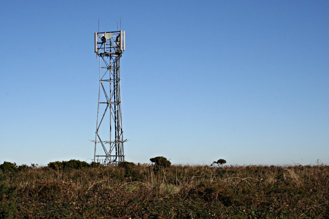 Mobile_Phone_Mast_at_Two_Burrows