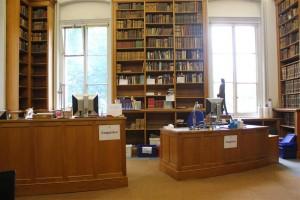 Enquiry Desk (Image courtesy of Taylor Institution Librar)y