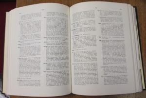 Léon Fleuriot, A Dictionary of old Breton : historical and comparative = Dictionnaire du vieux Breton (Toronto, 1985), pp. 242-43