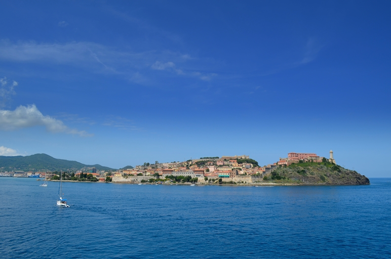 Elba_Bay_-_Portoferraio